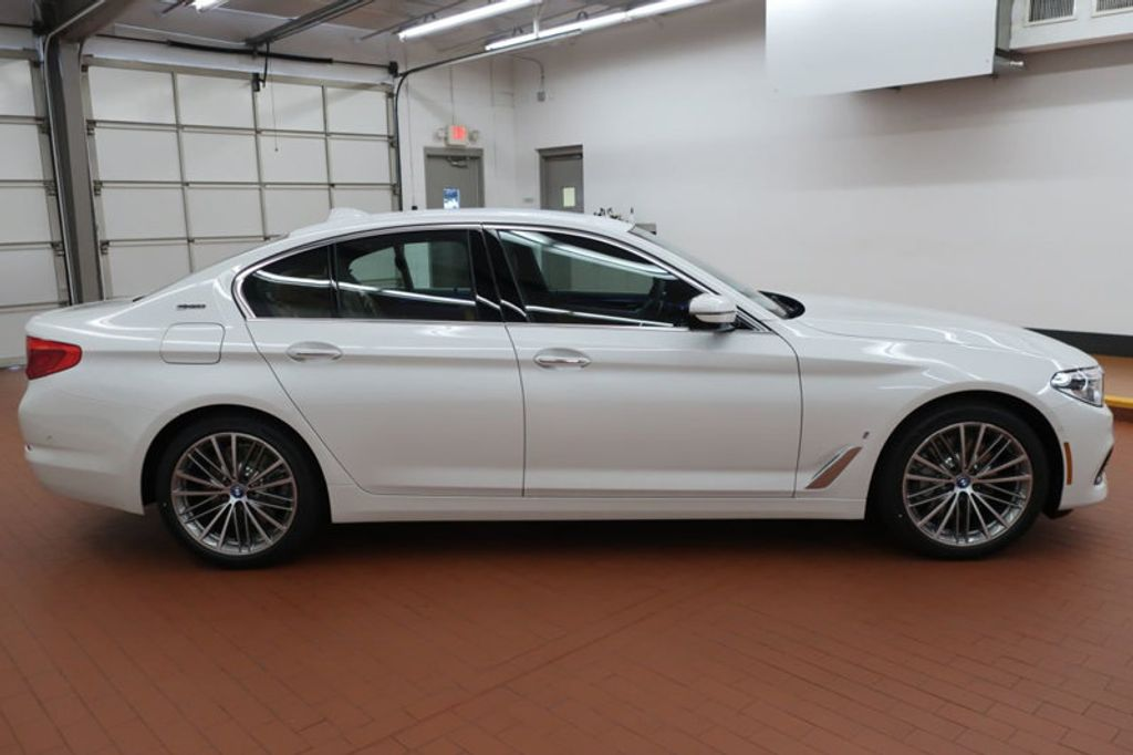 2018 BMW 5 Series 530e iPerformance Plug-In Hybrid - 17860061 - 6