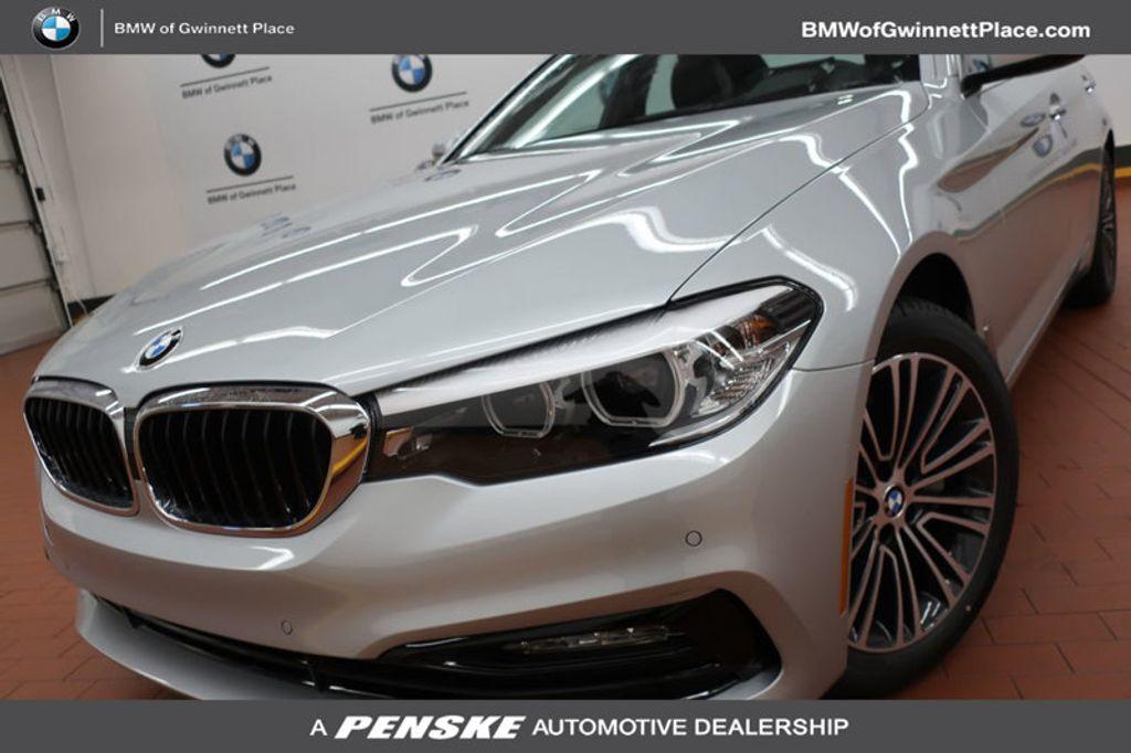 2018 BMW 5 Series 530i - 17063247 - 0