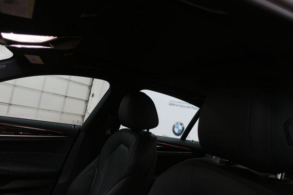 2018 BMW 5 Series 530i - 17063247 - 16