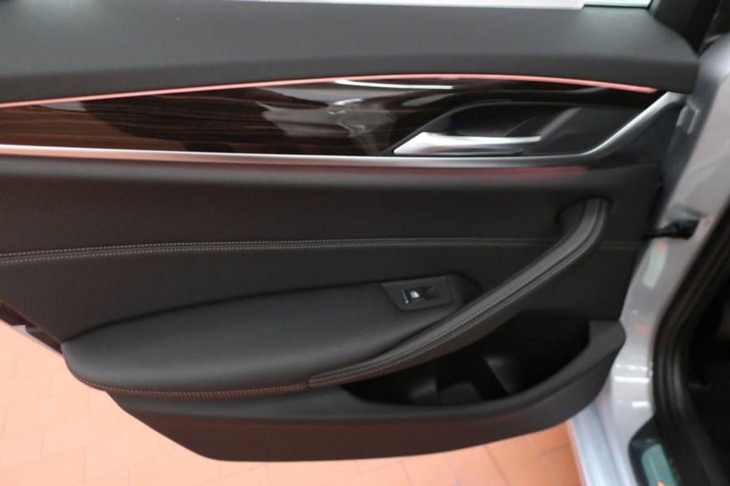 2018 BMW 5 Series 530i - 17063247 - 18