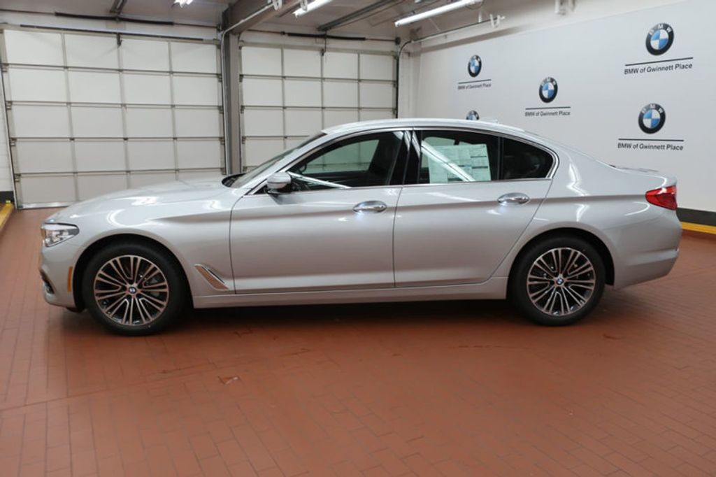 2018 BMW 5 Series 530i - 17063247 - 1