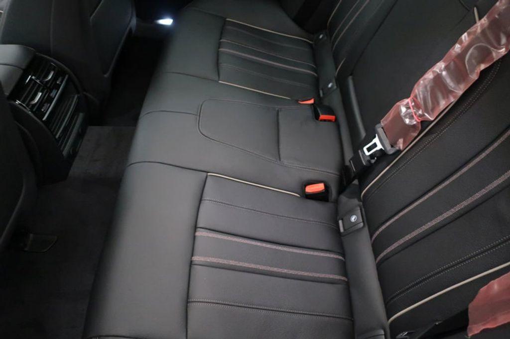 2018 BMW 5 Series 530i - 17063247 - 22