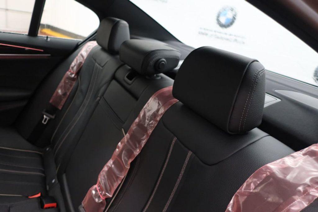 2018 BMW 5 Series 530i - 17063247 - 23
