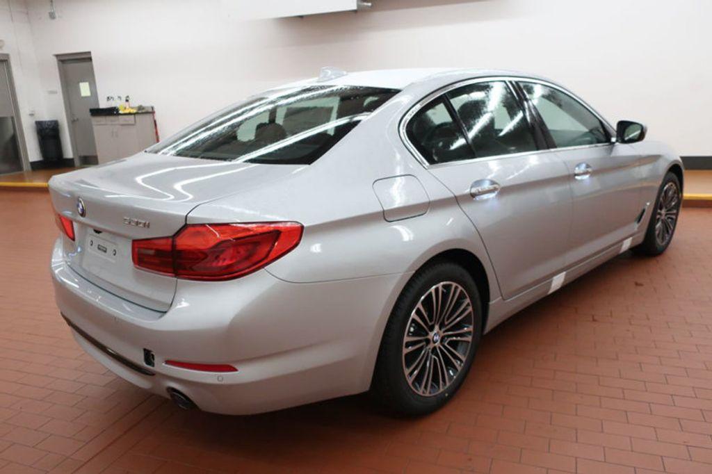 2018 BMW 5 Series 530i - 17063247 - 3