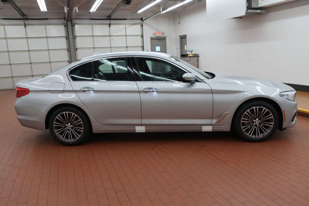 2018 BMW 5 Series 530i - 17063247 - 4