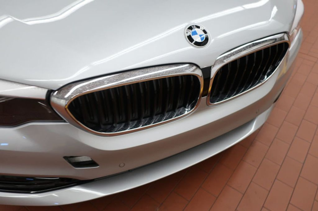 2018 BMW 5 Series 530i - 17063247 - 7