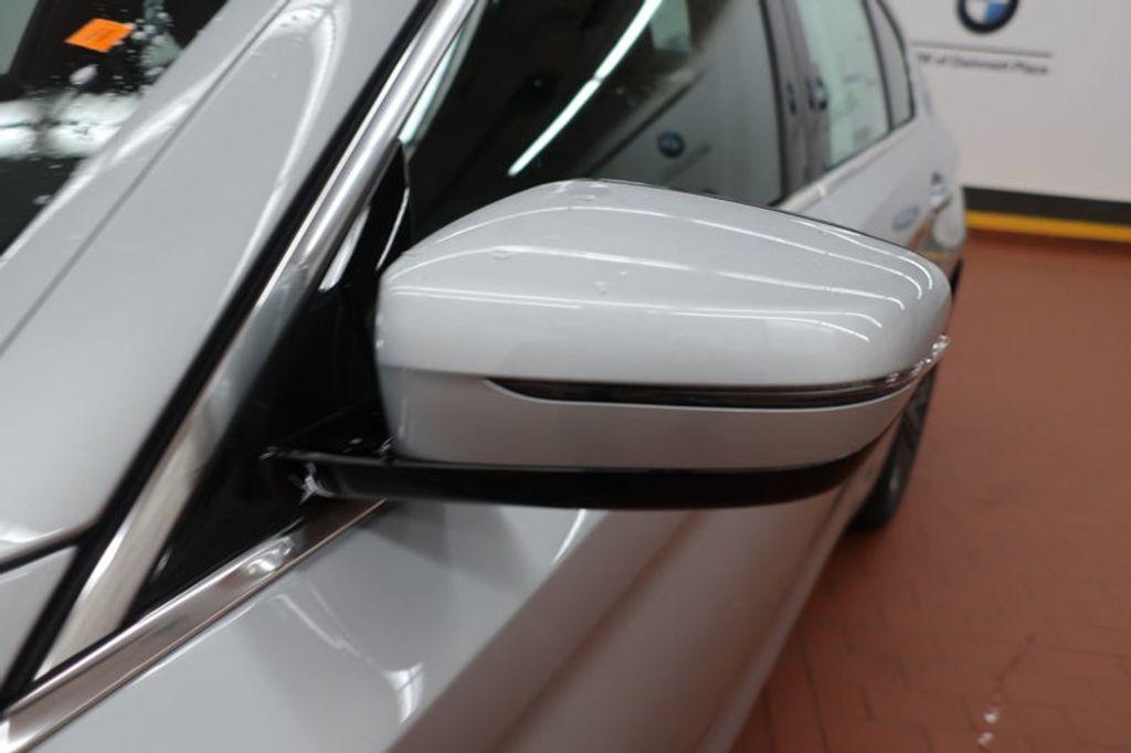 2018 BMW 5 Series 530i - 17063247 - 8