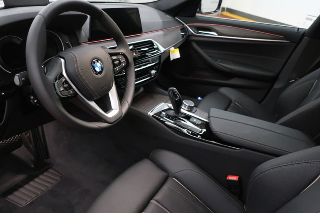 2018 BMW 5 Series 530i - 17172131 - 14