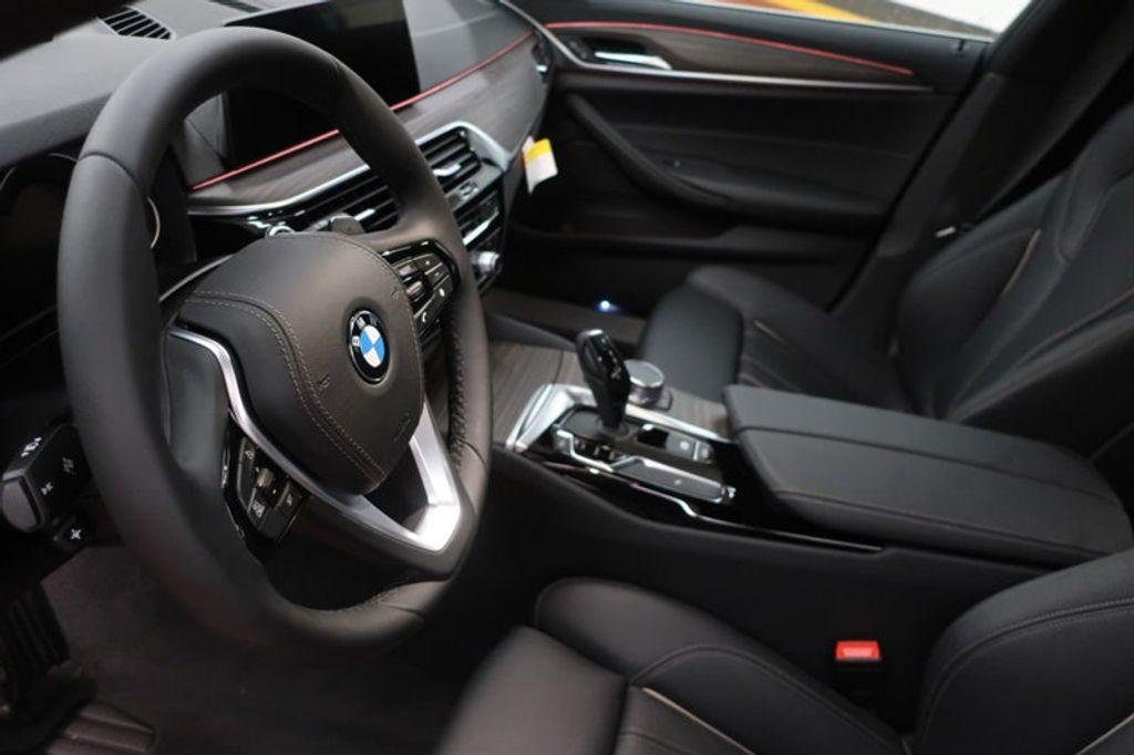 2018 BMW 5 Series 530i - 17172131 - 15
