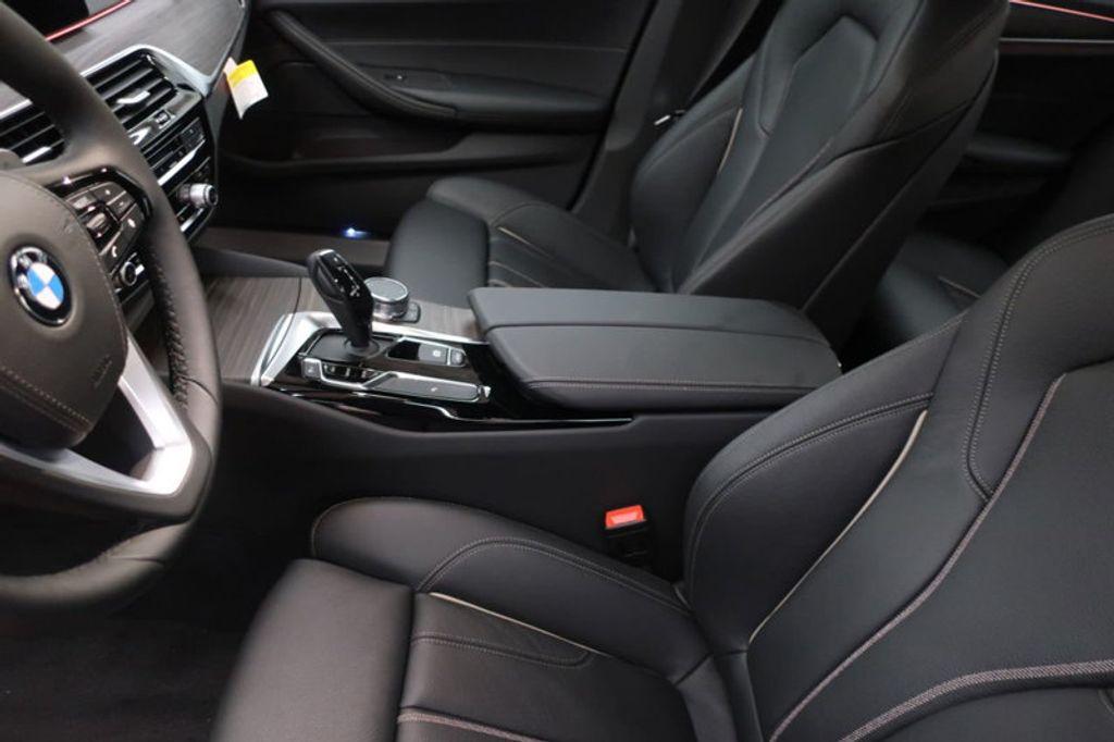 2018 BMW 5 Series 530i - 17172131 - 16