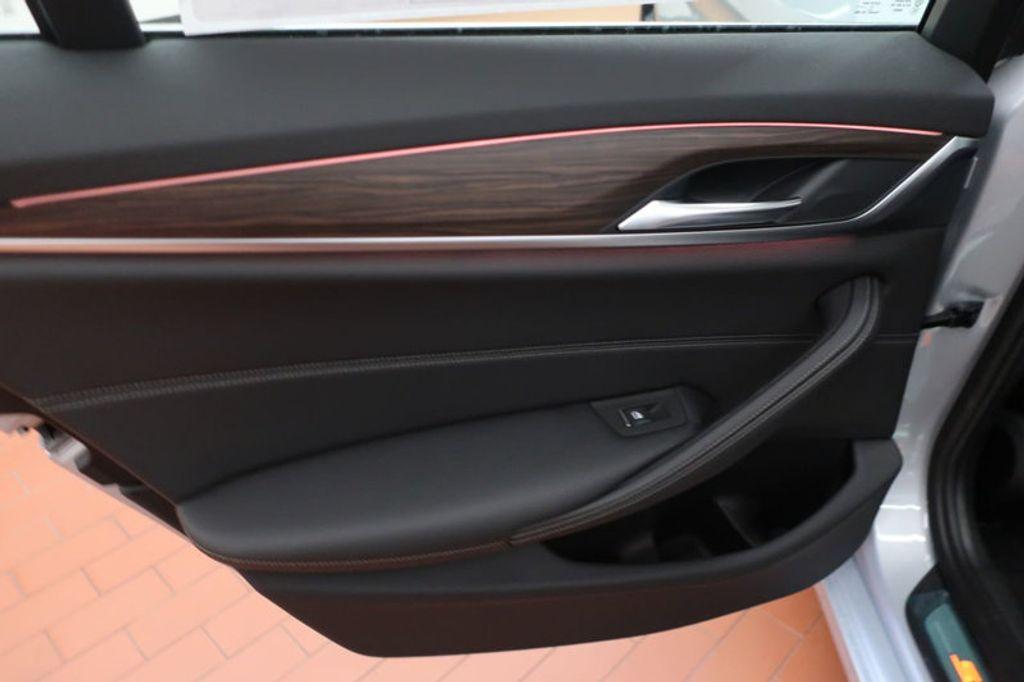 2018 BMW 5 Series 530i - 17172131 - 21