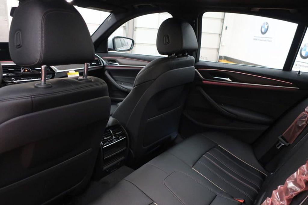 2018 BMW 5 Series 530i - 17172131 - 27
