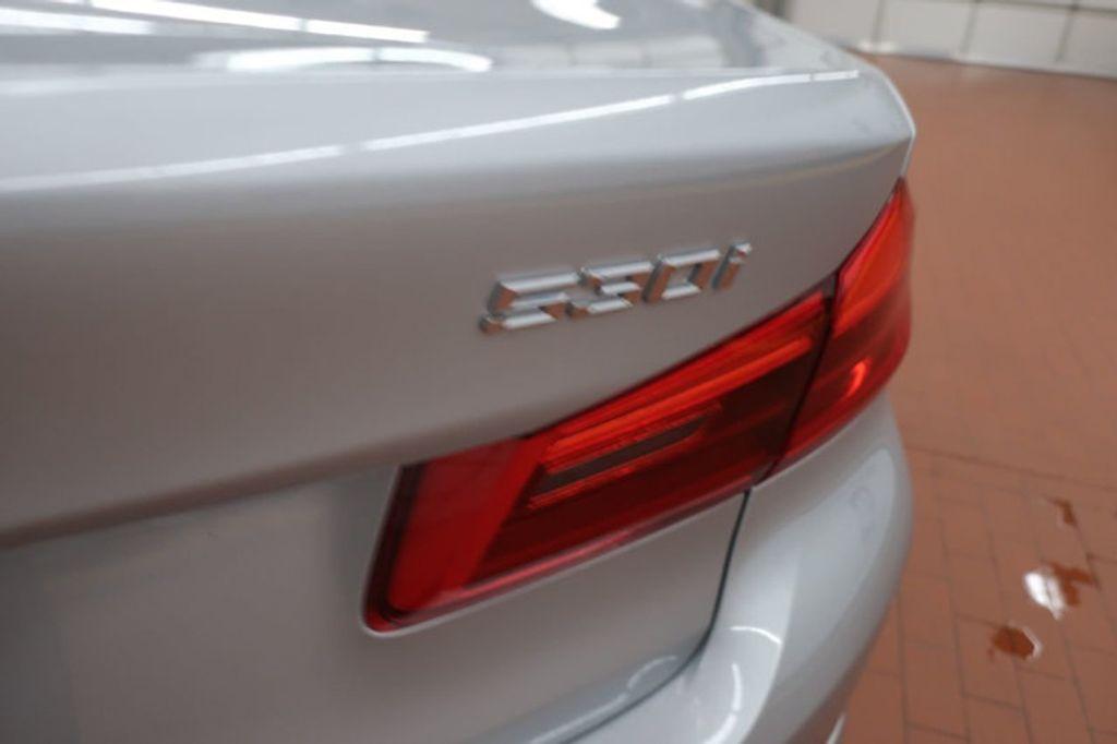 2018 BMW 5 Series 530i - 17172131 - 4
