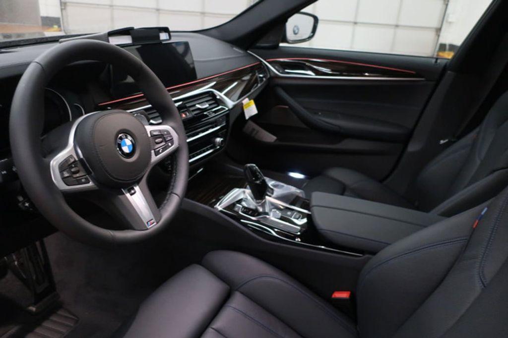 2018 BMW 5 Series 540i - 17118094 - 11