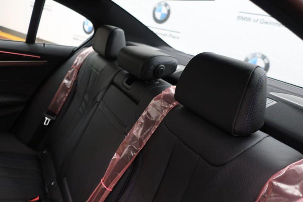 2018 BMW 5 Series 540i - 17118094 - 23