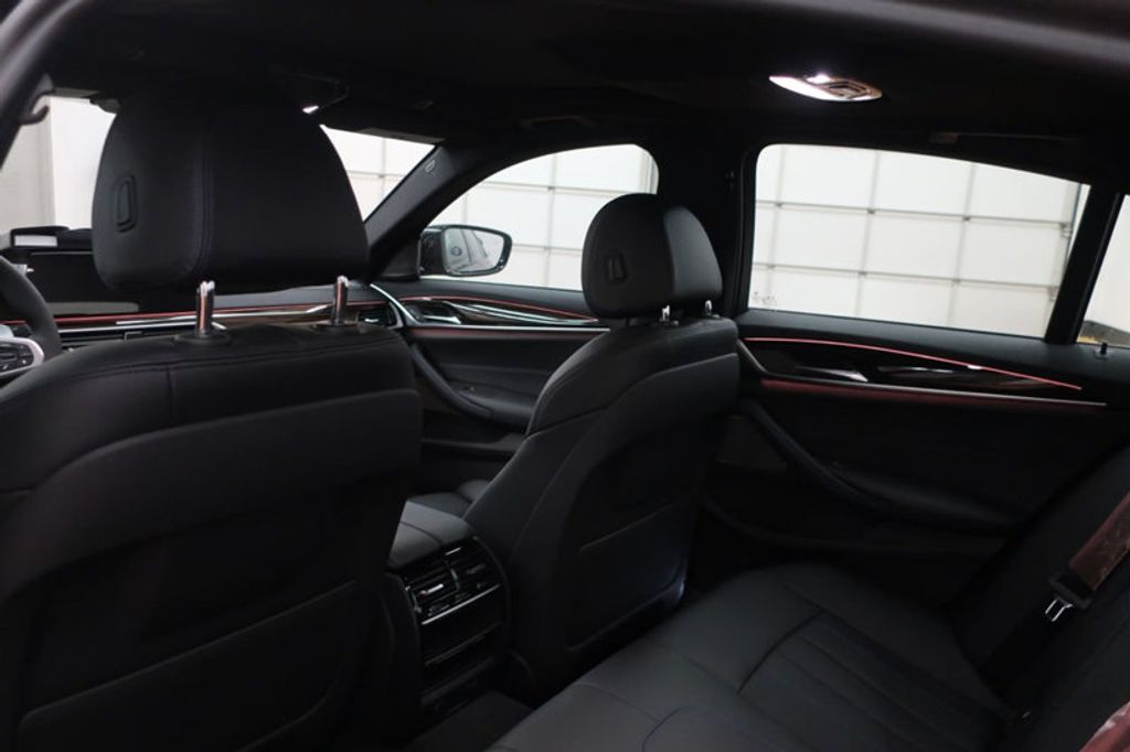 2018 BMW 5 Series 540i - 17118094 - 24