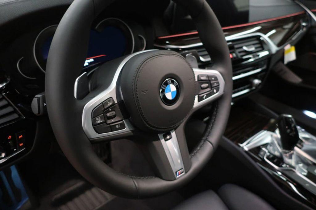 2018 BMW 5 Series 540i - 17118094 - 26