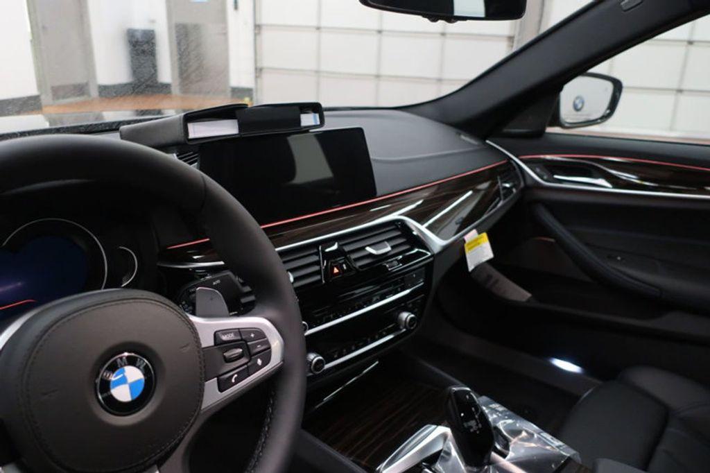 2018 BMW 5 Series 540i - 17118094 - 27