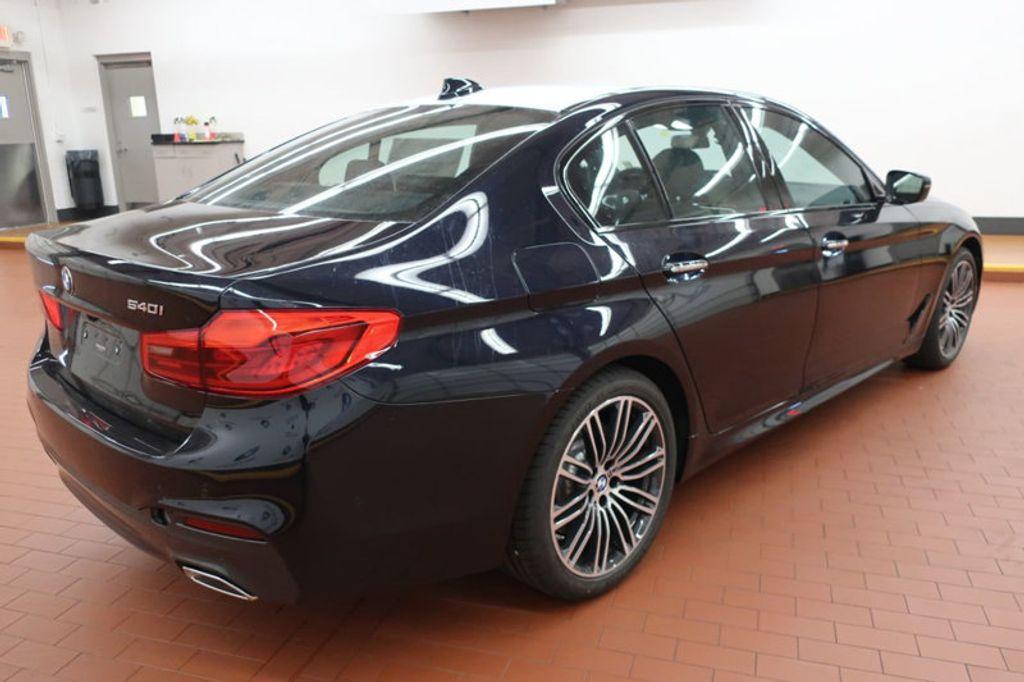 2018 BMW 5 Series 540i - 17118094 - 3
