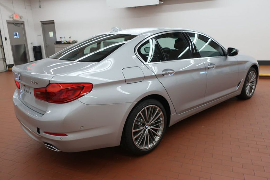 2018 new bmw 5 series 540i at bmw of gwinnett place. Black Bedroom Furniture Sets. Home Design Ideas