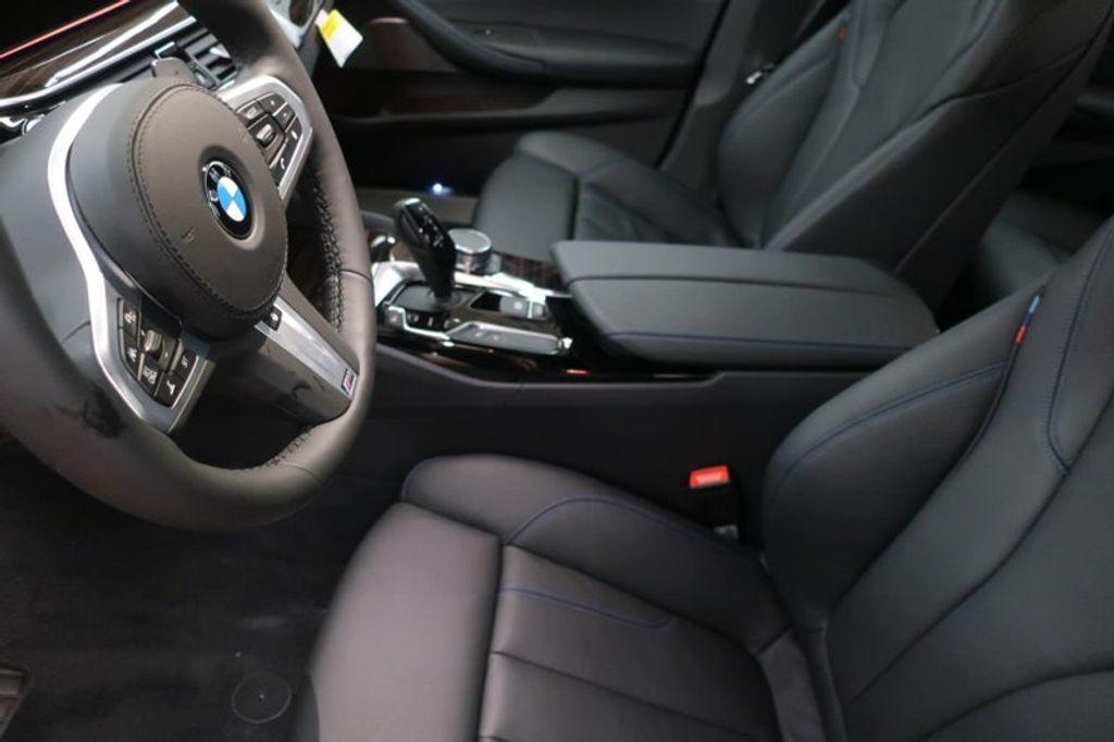 2018 BMW 5 Series 540i - 17208755 - 16