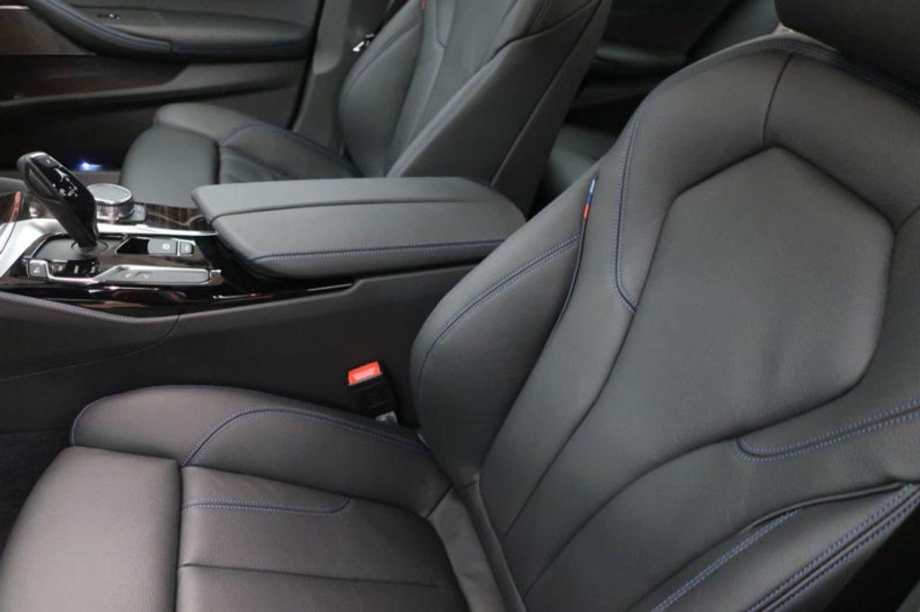 2018 BMW 5 Series 540i - 17208755 - 19