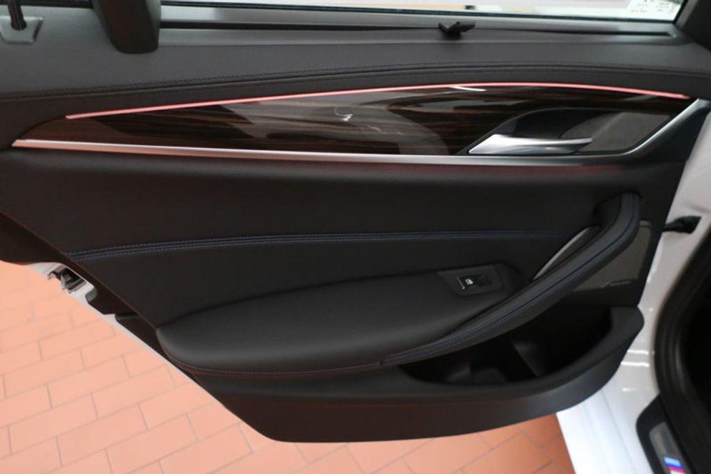 2018 BMW 5 Series 540i - 17208755 - 22