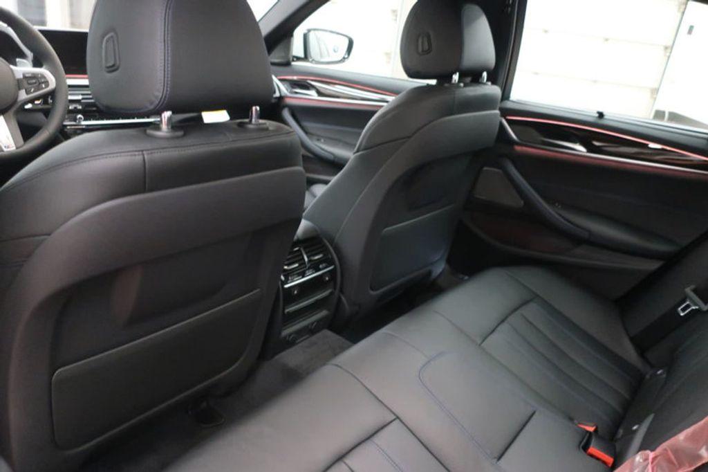 2018 BMW 5 Series 540i - 17208755 - 24