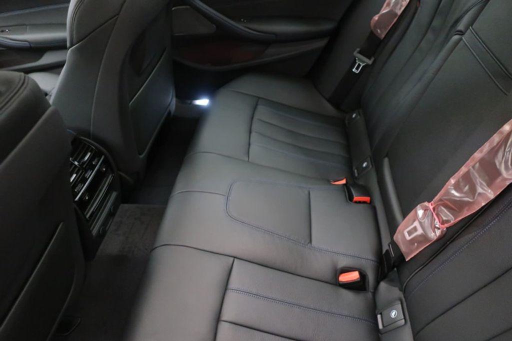2018 BMW 5 Series 540i - 17208755 - 26
