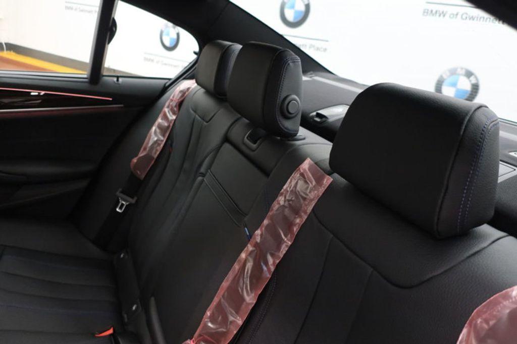 2018 BMW 5 Series 540i - 17208755 - 27