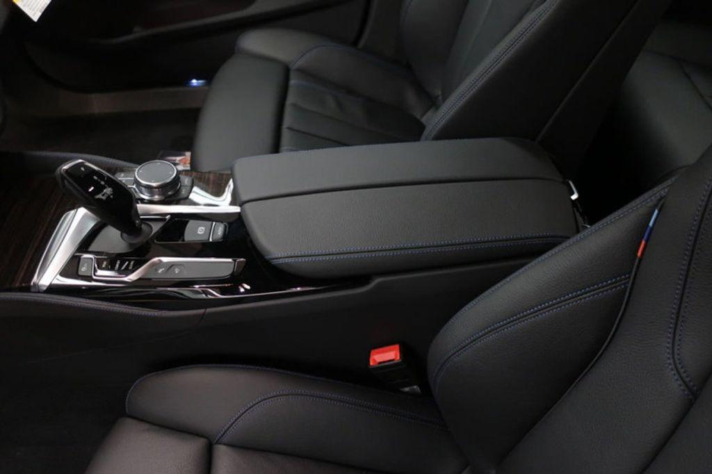2018 BMW 5 Series 540i - 17208755 - 33