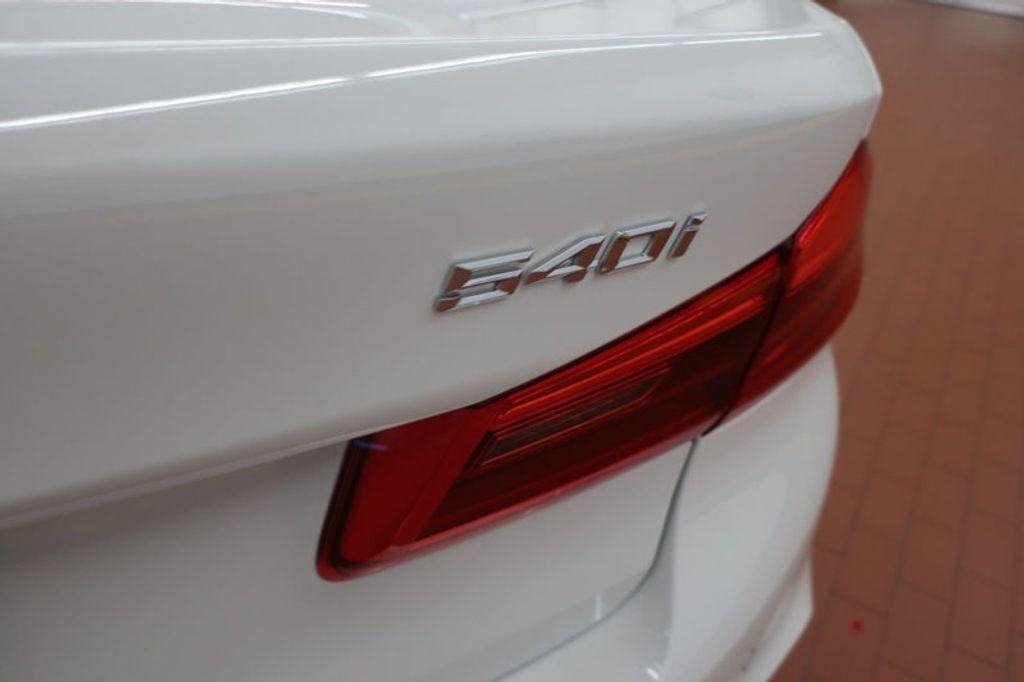 2018 BMW 5 Series 540i - 17208755 - 4