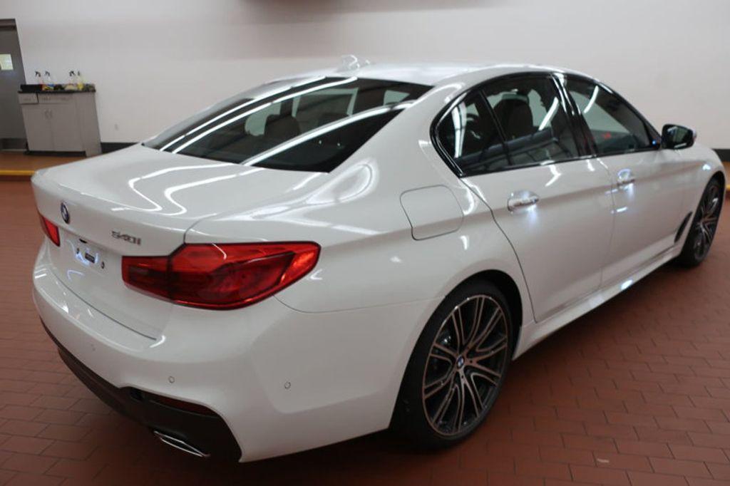 2018 BMW 5 Series 540i - 17208755 - 5