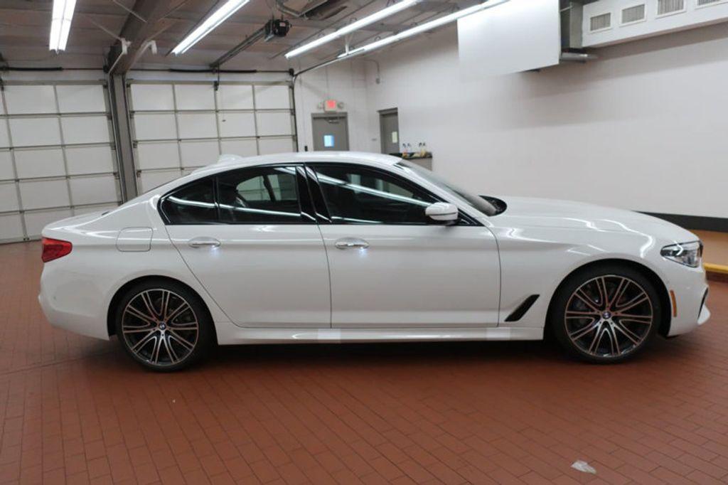 2018 BMW 5 Series 540i - 17208755 - 6