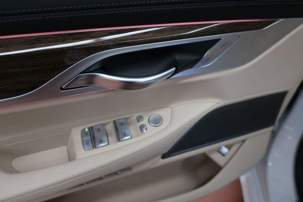 2018 BMW 7 Series 740i - 17142500 - 12