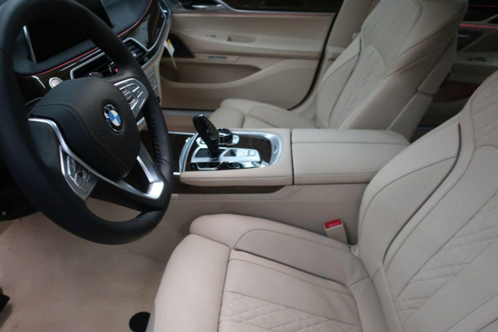 2018 BMW 7 Series 740i - 17142500 - 15