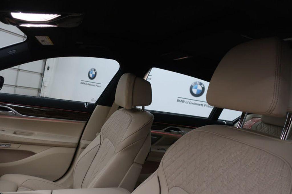 2018 BMW 7 Series 740i - 17142500 - 19