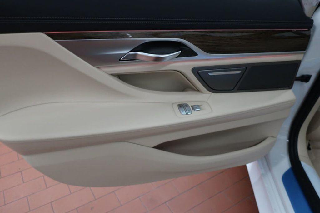 2018 BMW 7 Series 740i - 17142500 - 21