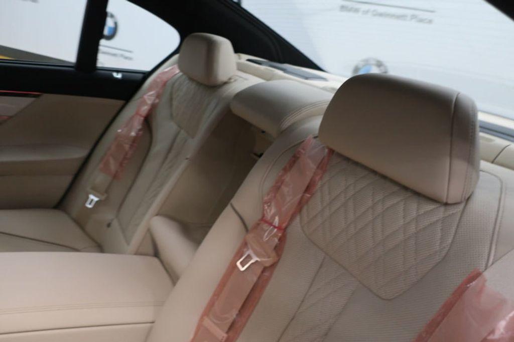 2018 BMW 7 Series 740i - 17142500 - 27