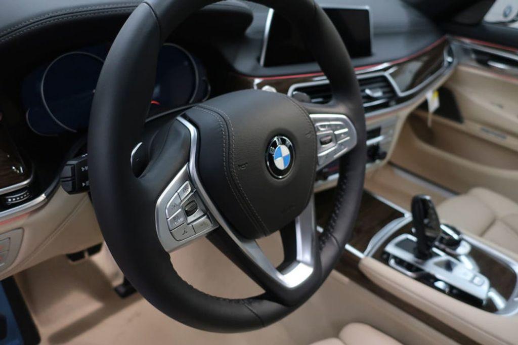 2018 BMW 7 Series 740i - 17142500 - 30