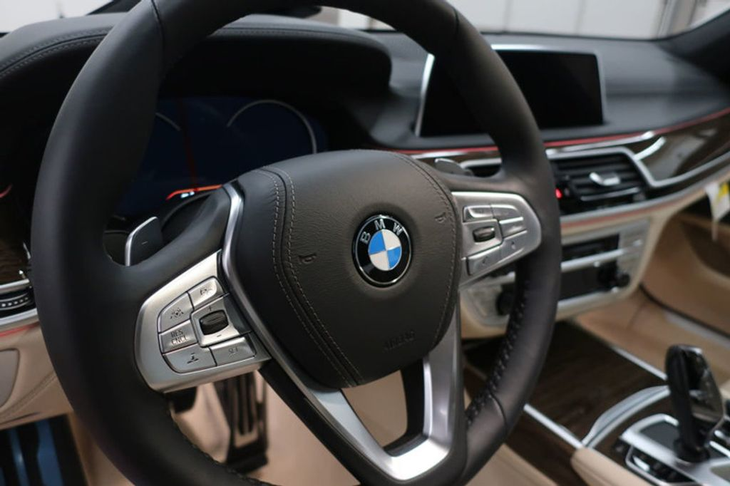 2018 BMW 7 Series 740i - 17142500 - 31