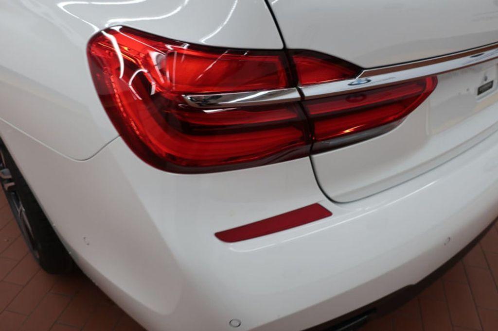 2018 BMW 7 Series 740i - 17142500 - 3