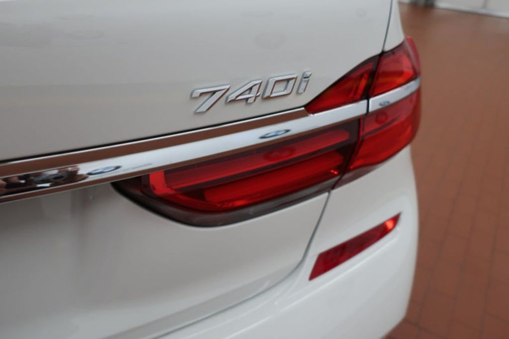 2018 BMW 7 Series 740i - 17142500 - 4