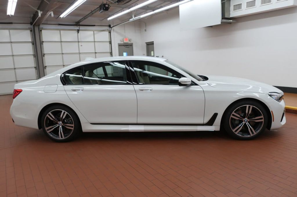 2018 BMW 7 Series 740i - 17142500 - 6