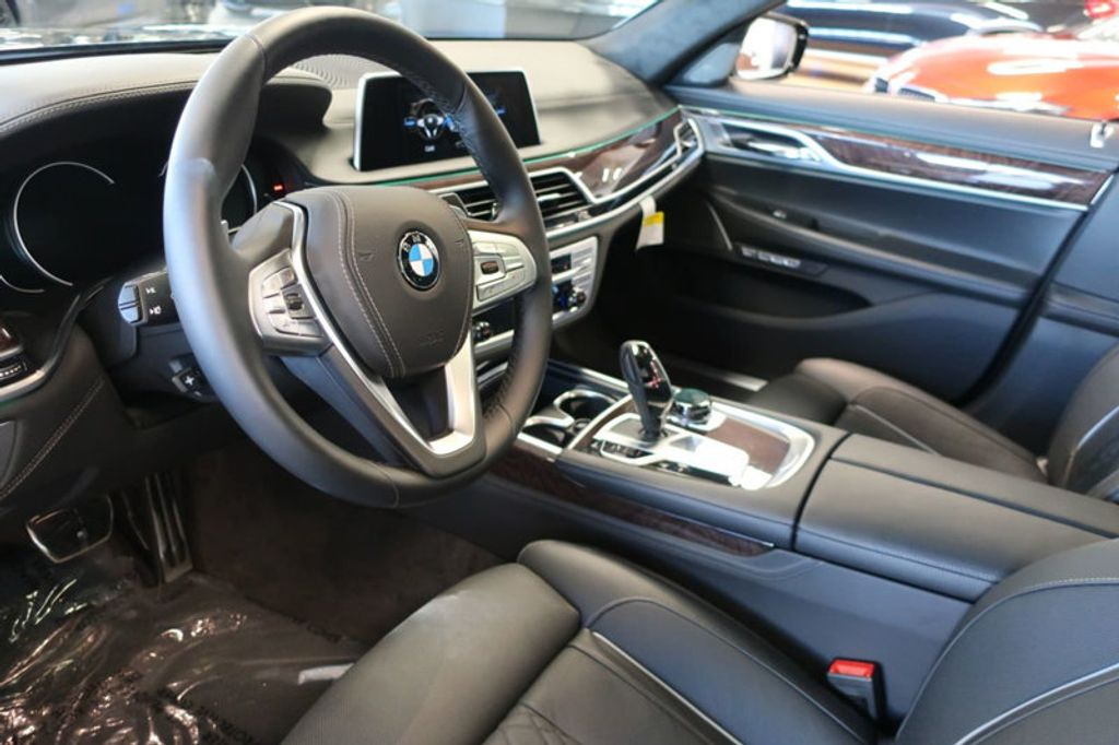 2018 BMW 7 Series 750i xDrive - 17067470 - 25