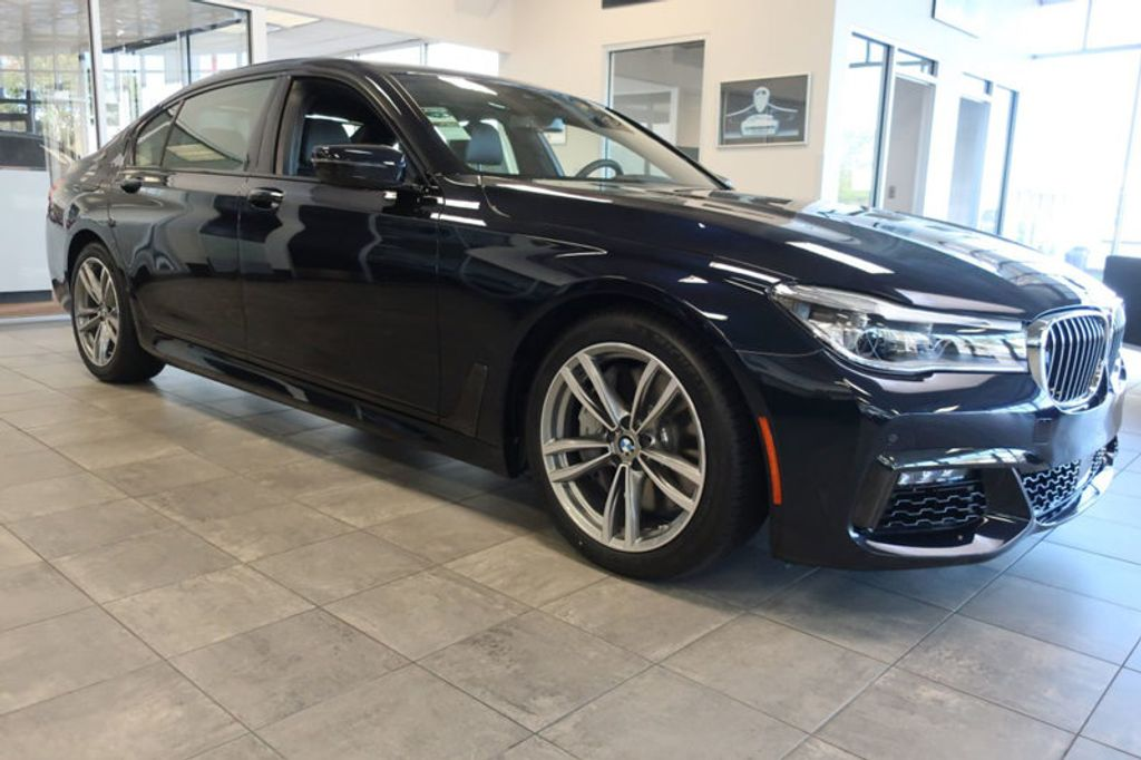2018 BMW 7 Series 750i xDrive - 17067470 - 5
