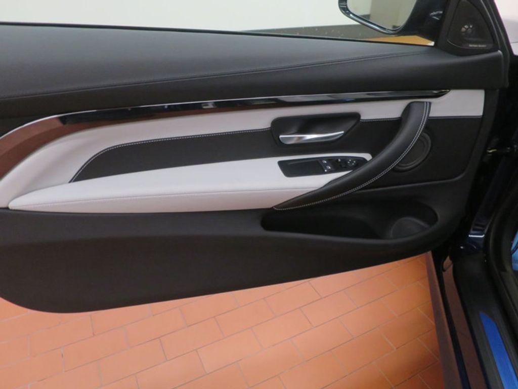 2018 BMW M4 18 BMW M4 CPE 2DR CPE - 16355413 - 10