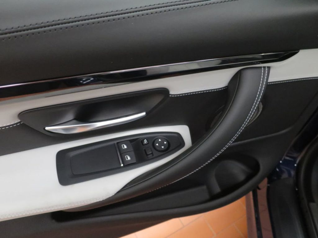 2018 BMW M4 18 BMW M4 CPE 2DR CPE - 16355413 - 11