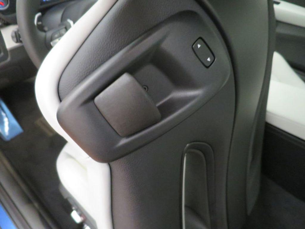 2018 BMW M4 18 BMW M4 CPE 2DR CPE - 16355413 - 17