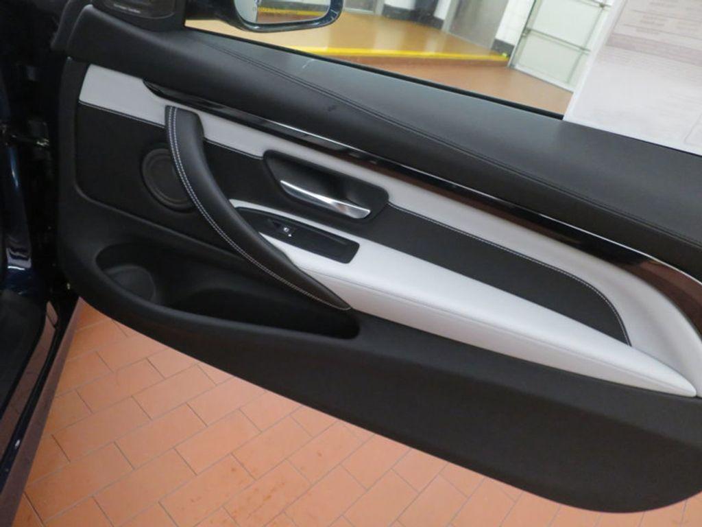 2018 BMW M4 18 BMW M4 CPE 2DR CPE - 16355413 - 24
